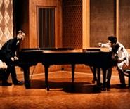 德國創意雙鋼琴互動音樂會《鋼琴大鬥法》