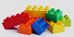 Think Brick – Play and Learn with LEGO® Education