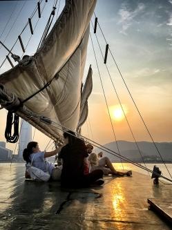 週六日落帆船之旅